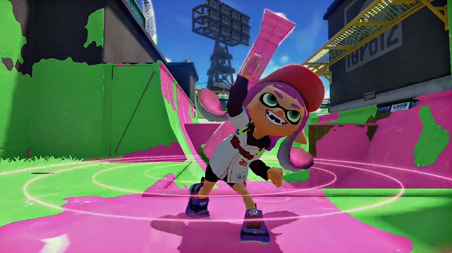 The pack of Wii U next to Splatoon exhausted in Japan