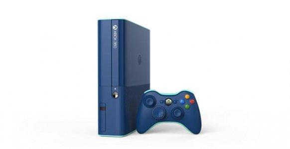 Xbox 360 presenta su edición especial color azul con un disco duro de 500 GB