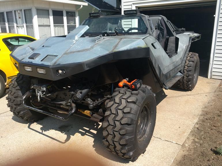Un fan de Halo construye su propio Warthog real